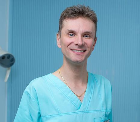 Dr. Dragomir Daniel